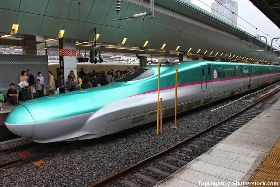 北海道新幹線開業。飛行機との徹底比較