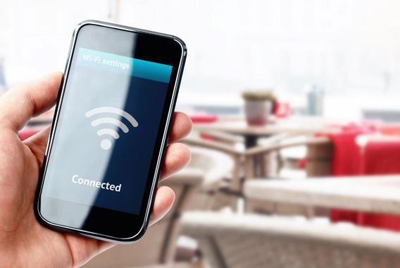 地域活性化に効果大。自治体主導の無料Wi-Fi