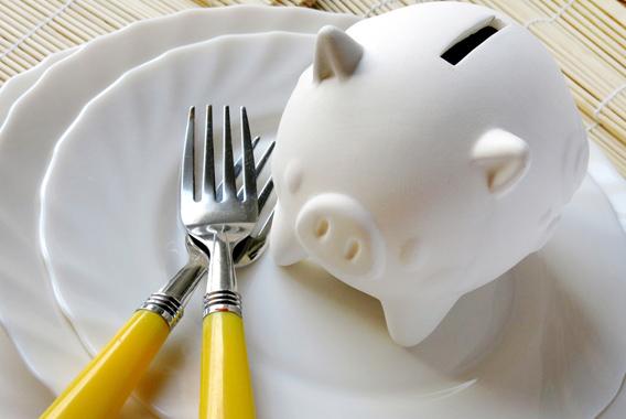 従業員の昼食代に税金?源泉所得税の正しい扱い方