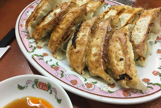 京都で訪れるチェーン1号店 餃子の王将四条大宮店
