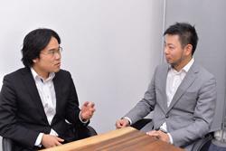 斎藤事業統括本部長(左)と高野社長が将来の可能性で盛り上がる(写真:菊池一郎)