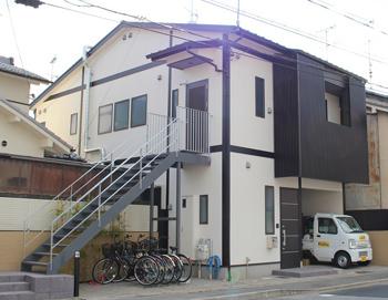 開業後、好スタートを切っている「京の宿 折り鶴」