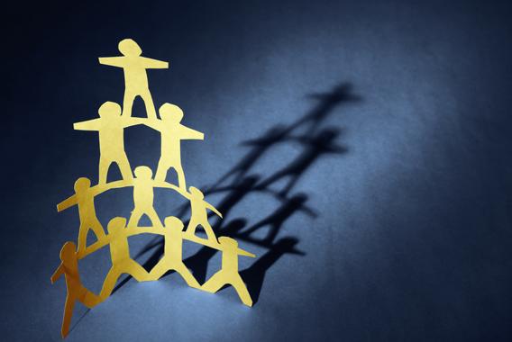 成績中位人材を重点指導し、組織営業力を強化