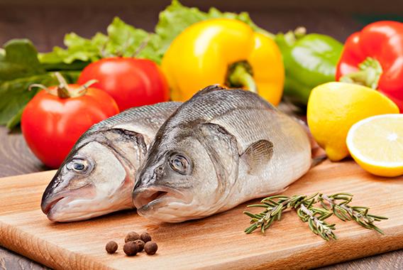鮮魚に加え青果も肉も届ける飲食店向けEC