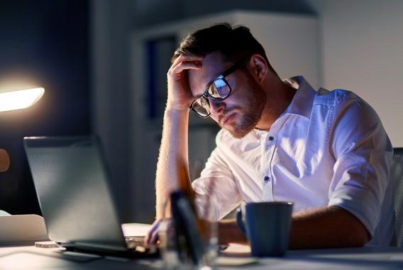 長時間残業の放置で会社は衰退する