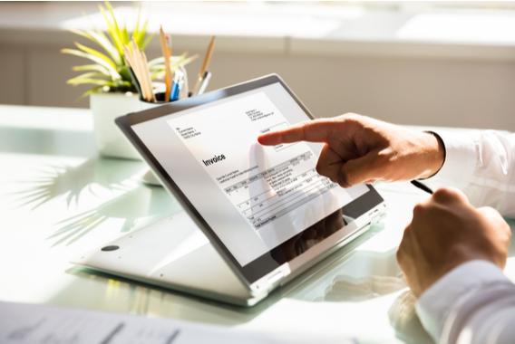 インボイス制度導入で請求業務の電子化必須