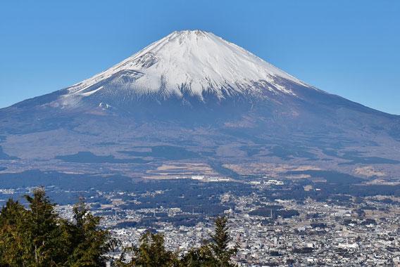 いろいろな角度から富士山を眺めてみよう