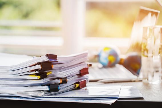 紙を使う仕事はどれくらい?文書管理実態調査