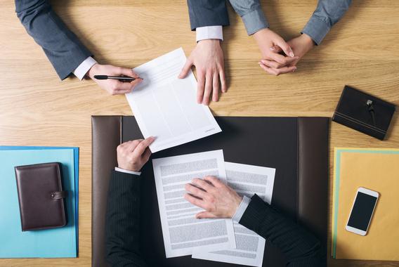 事業承継時、経営者保証が解除しやすくなる