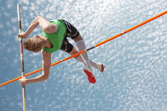 """世界記録を35回更新した棒高跳びの""""鳥人""""ブブカ"""