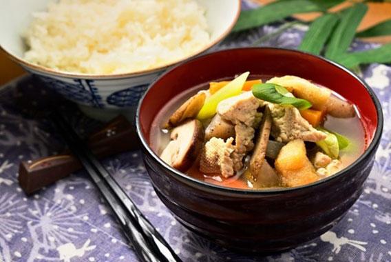 夏に弱った胃腸回復に役立つ「秋の味覚」レシピ